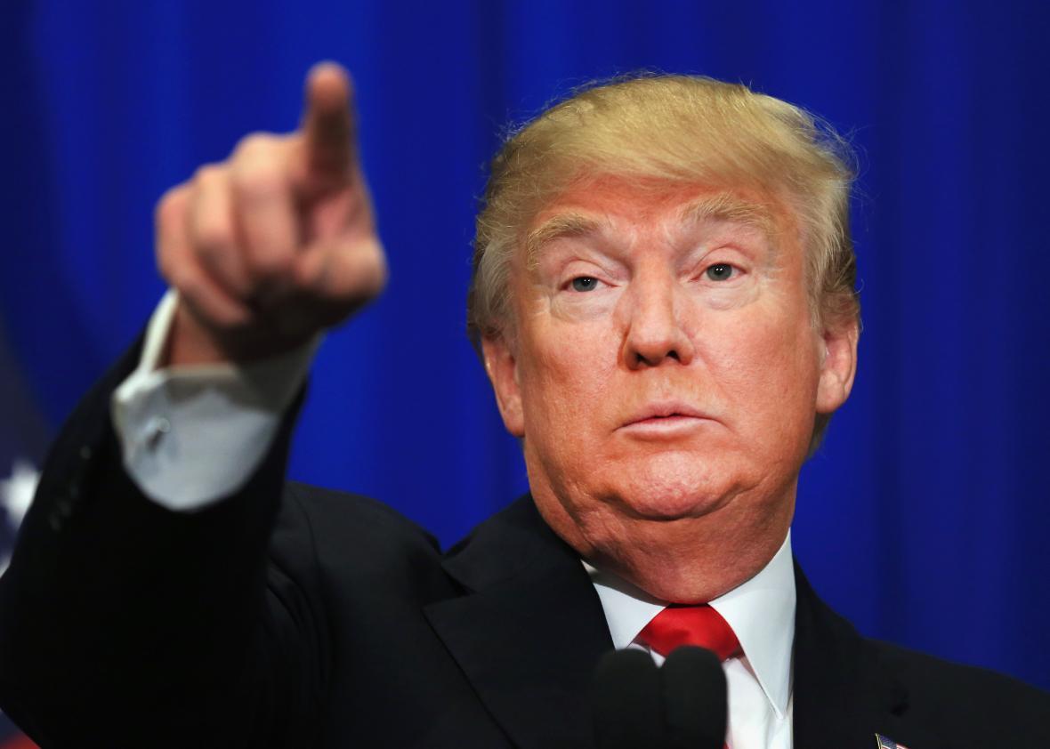 Le gnagnaaSHOW CONCOURS N°1 obligatoire pour tous les membres !! - Page 7 Donald-Trump