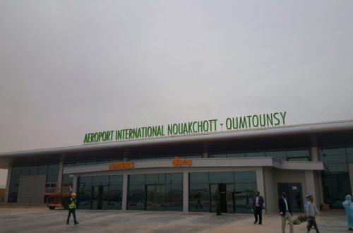 Article : Oumtounsy : un aéroport du désert sans moyen de transport