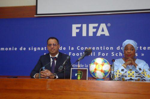 Article : Fatma Samoura lance le projet mondial «Football  For School» en Mauritanie, choisi comme pays pilote par la FIFA