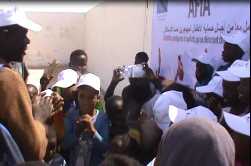 Article : Une caravane parcourt Nouadhibou pour lutter contre l'exploitation et la traite des enfants