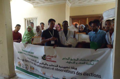 Article : La Plateforme des OSC contre l'extrémisme violent forme 20 jeunes animateurs et observateurs électoraux