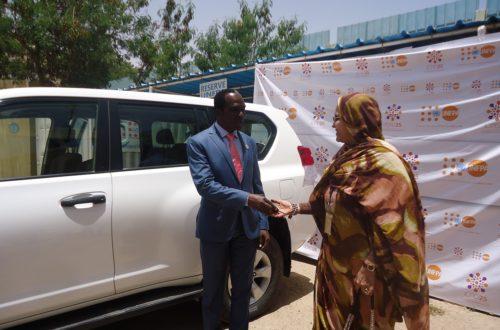 Article : Le Représentant de l''UNFPA en Mauritanie remet les clés d'un véhicule à l'AMPF