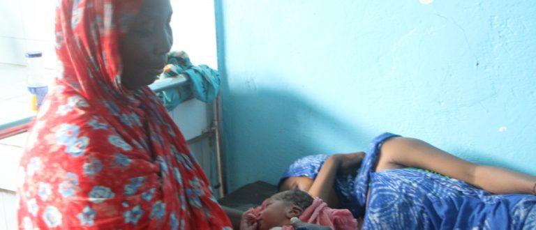 Article : Tournée dans 5 régions de Mauritanie où les femmes et les nouveau-nés meurent le plus en maternité