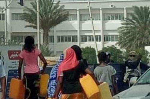 Article : Pénurie d'eau à Nouakchott, les bidons jaunes réapparaissent