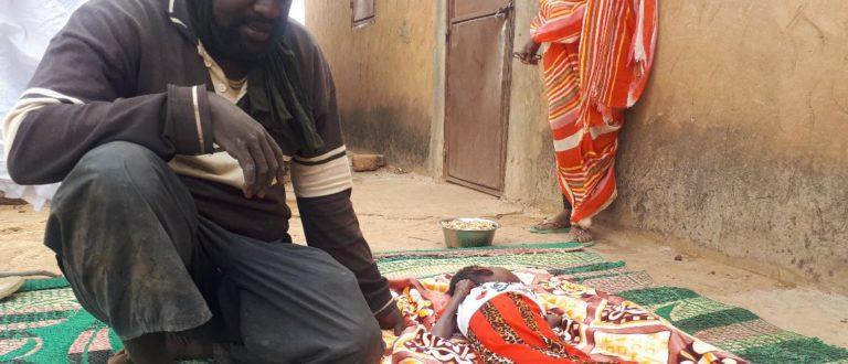 Article : HISTOIRE DE VIE : Ehel Cheikh, une famille en charge d'une polyhandicapée de 12 ans