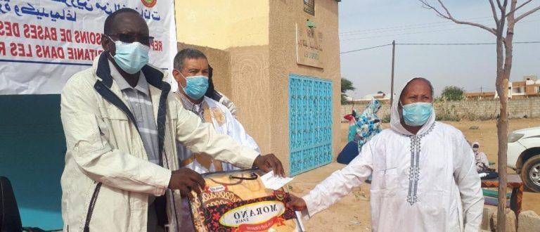 Article : Les populations sinistrées de Rosso reçoivent 2.300 lots de dons offerts par l'UNFPA