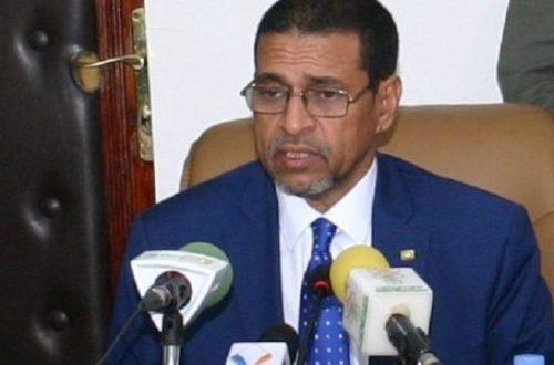 Article : Départ des médecins cubains, la énième critique contre le ministre de la Santé